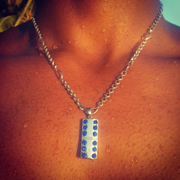Domino Acier cristaux bleus